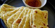 rghaif o msemen con relleno de almendras y miel